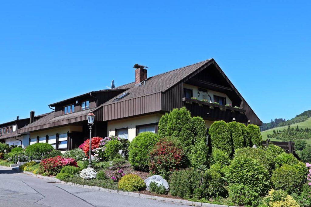 Gästehaus Panorama im Sommer